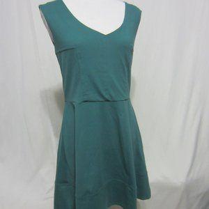 CYNTHIA ROWLEY EMERALD GREEN DRESS, SIZE MED